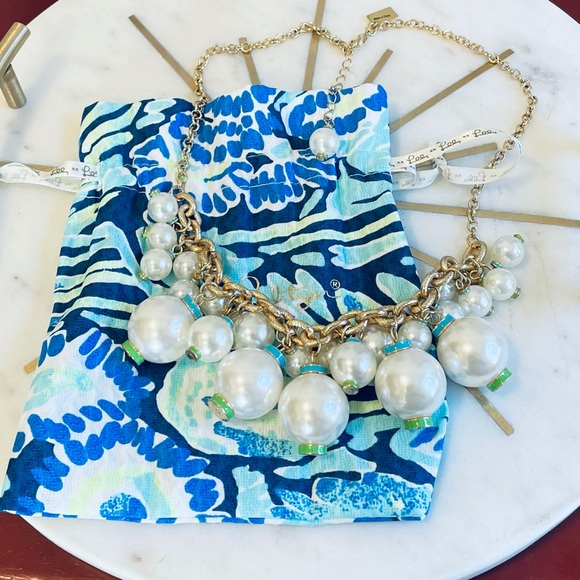 Lilly Pulitzer Pearl Statement Necklace- NWOT
